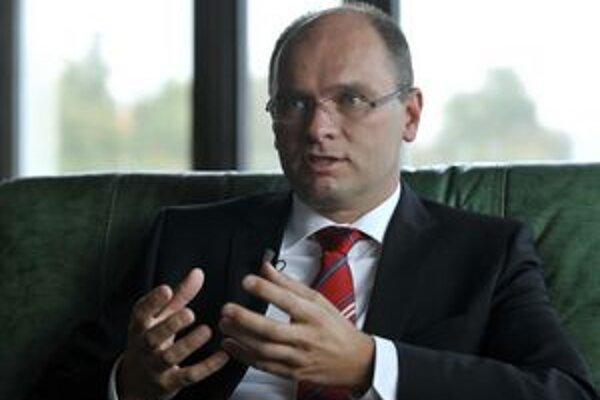 Predseda poslaneckého klubu SaS Richard Sulík.