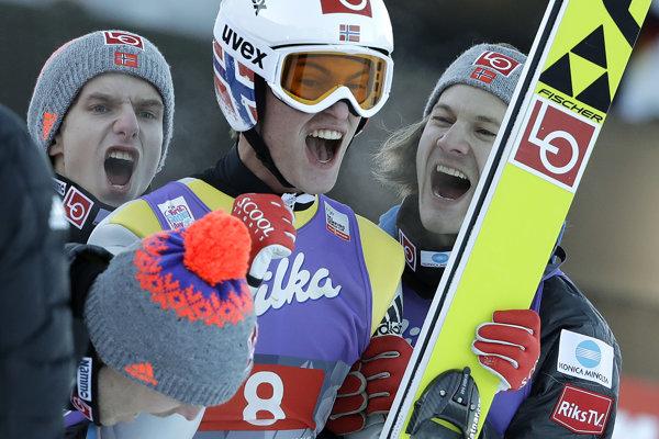Daniel-Andre Tande sa raduje z víťazstva.