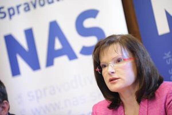 Zatiaľ jediným kandidátom na predsedu strany je Anna Belousovová.