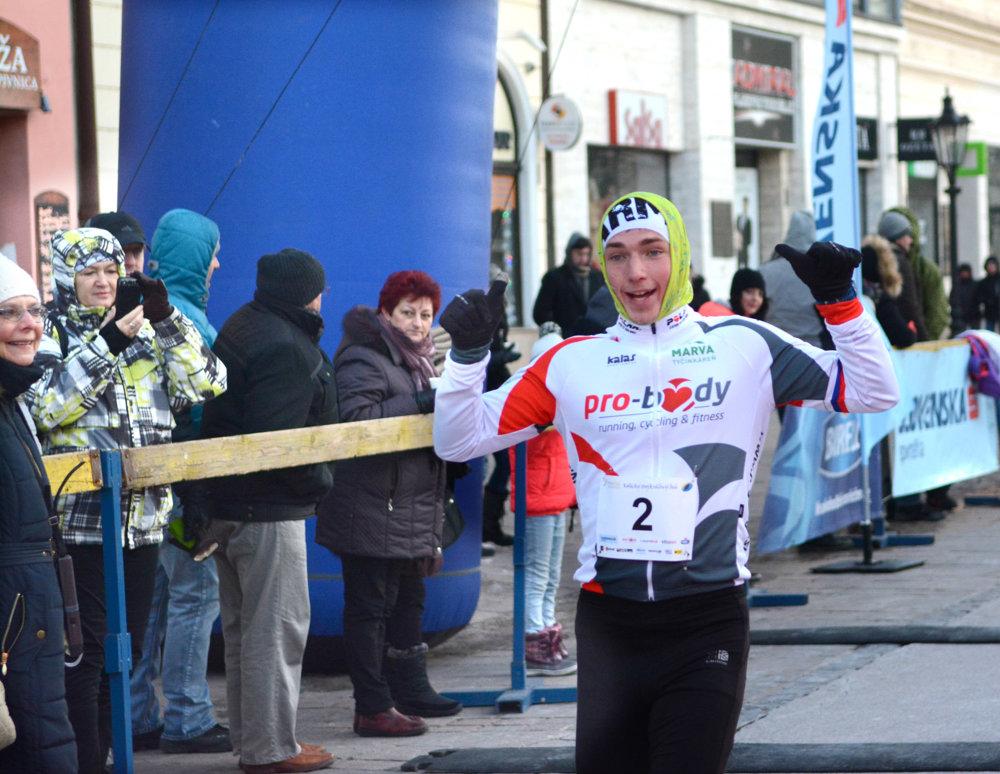 Daniel Kraviarsky. Dobehol v poradí tretí s časom 17.26.