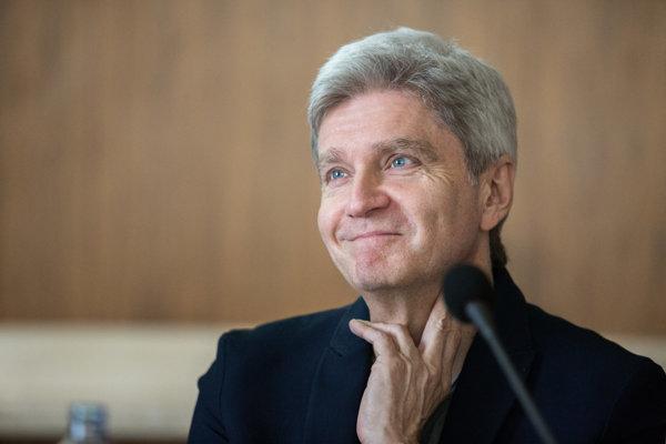 Štefan Skrúcaný.