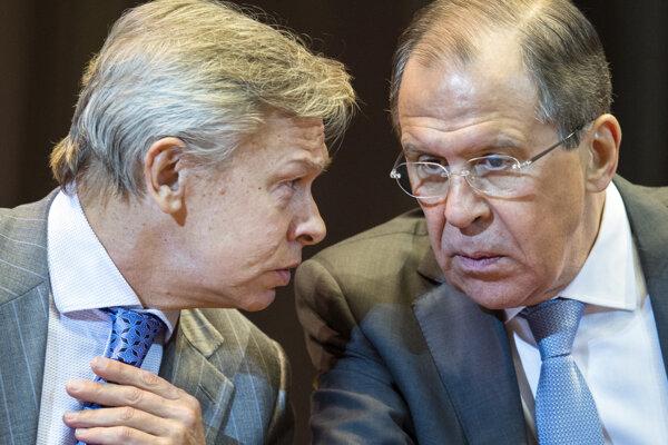 Alexej Puškov a šéf ruskej diplomacie Sergej Lavrov.