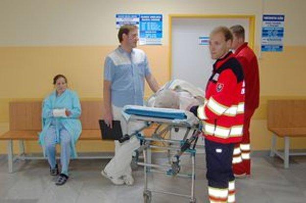 Dovoz pacienta na urgentný príjem.