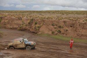 Pretekárov trápilo počasie aj v predchádzajúcich etapách na Rely Dakar.