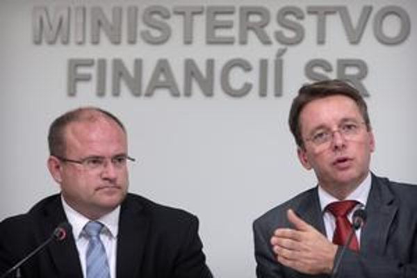 Minister Mihál dostal pokyn, aby nevyplácal peniaze.
