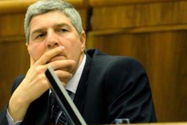 Béla Bugár považuje neúspešné hlasovanie v parlamente za porušenie koaličnej zmluvy.
