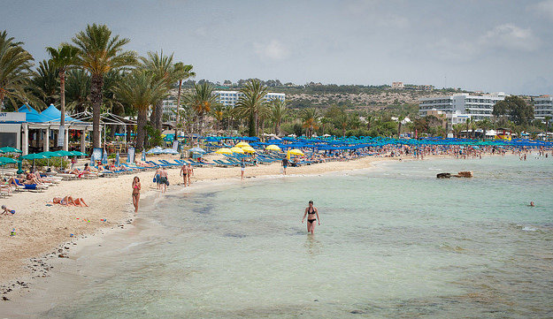 Cyprus, pláž.