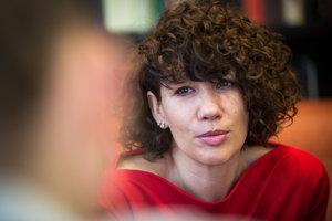 Navrhovateľka novely Lucia Ďuriš Nicholsonová.