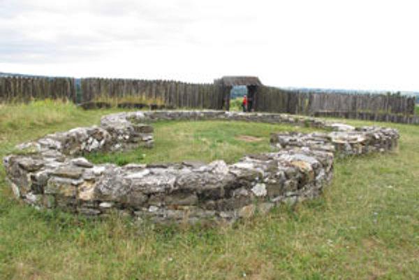 Pamiatka bola ošetrovaná do roku 2000.
