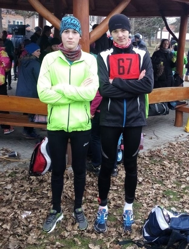 Matej Slivka a Tomáš Pytel pred bežeckou časťou.