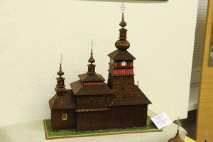Maketa dreveného chrámu v Niklovej (Mikulášovej).