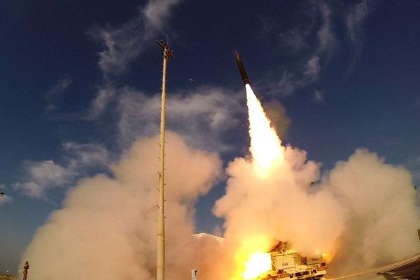 Test strely Arrow 3 nad Stredozemným morom v roku 2015.