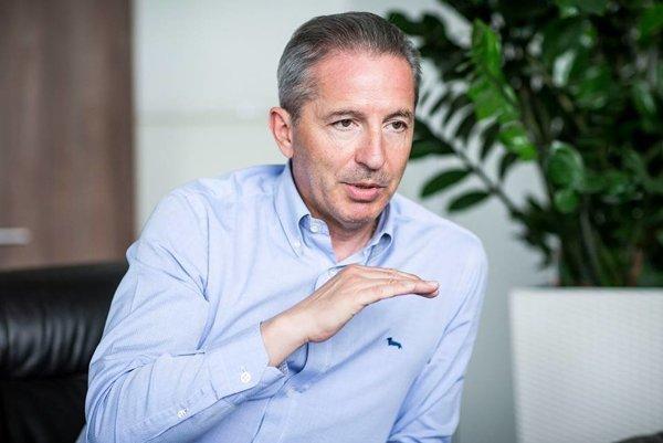 Predseda Mosta-Híd Béla Bugár predpokladá, že Václav Mika po júnovej voľbe skončí na poste riaditeľa RTVS.