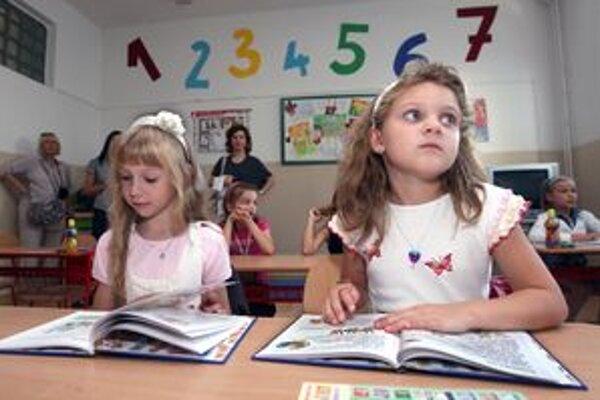 Reči dieťata je potrebné venovať pozornosť. Nestačí len v predškolskom veku.