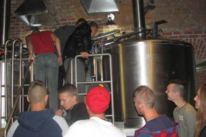 Odborná exkurzia v Rožňove zameraná na architektúru dediny a technológiu výroby piva