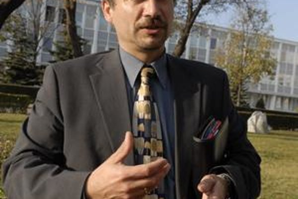 Absolútnym víťazom – hovorcom sa v tohtoročnej ankete stal Ján Bača z U. S. Steel Košice.