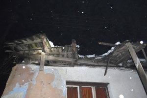 Poškodený dom vPlešivci.