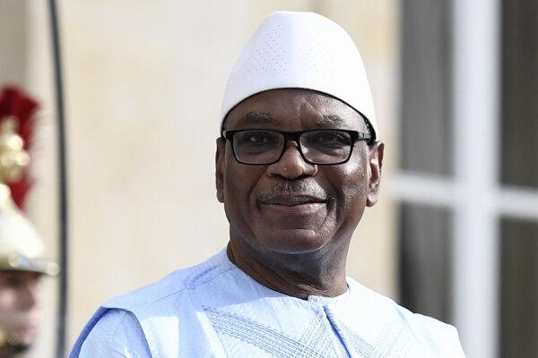 Prezident Mali Ibarahim Boubacar Keita, ktorý bol poverený velením jednotky G5 Sahel.