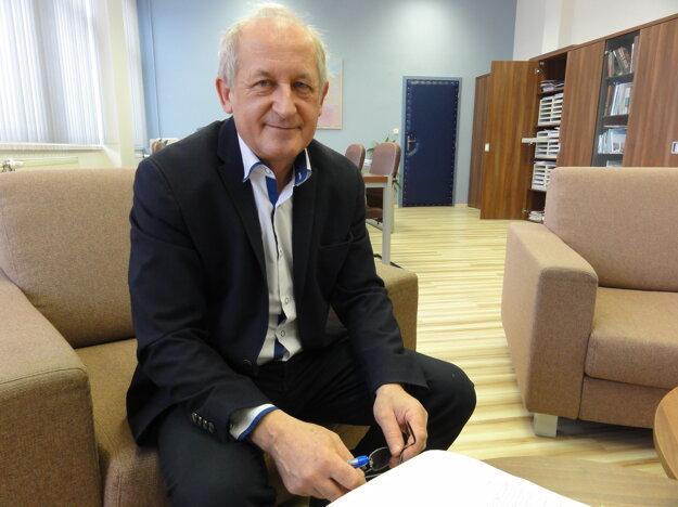 Nové laboratóriá nebudú ako tie klasické školské, hovorí rektor UKF Ľubomír Zelenický.