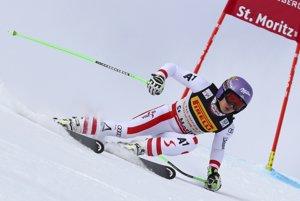Anna Veithová na trati superobrovského slalomu na majstrovstvách sveta v St. Moritzi.