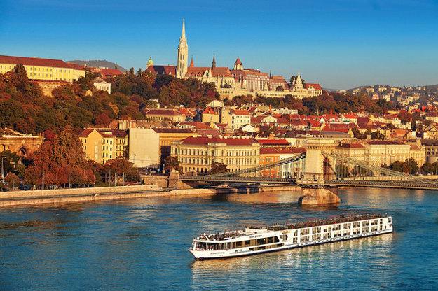 Plaviť sa možno aj po európskych riekach.
