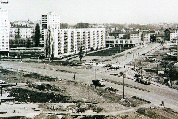 Okružná a Štefánikova ulica (1970 – 1975).