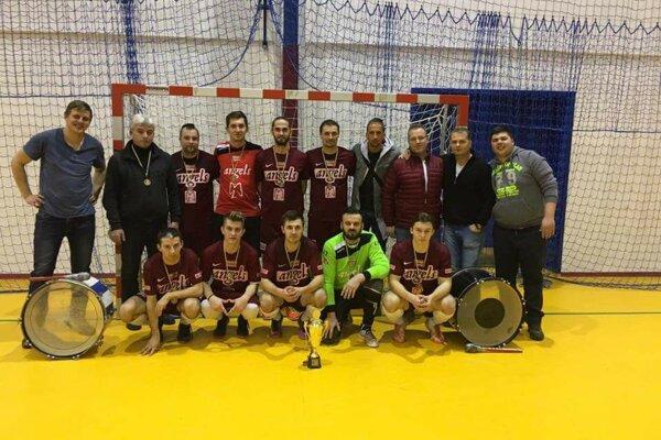 Mužstvo Angels Humenné obsadilo výborné 3. miesto.