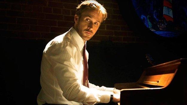 Ryan Gosling vo filme La La Land.