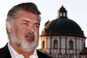 Peter Dvorský precestoval celý svet, najmilovanejšou krajinou pre neho zostáva rodné Slovensko.