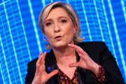 Marine Le Penová odmietla prísť na výsluch. Predvolanie chce aj naďalej ignorovať.