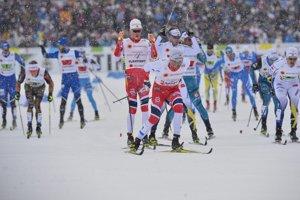 V semifinále triumfoval nórsky tím v zložení Johannes Hösflot Kläbo a Emil Iversen.