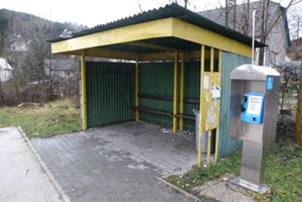 Automat, ktorý stojí v Temeši, málokto využíva.