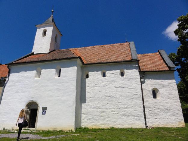 V kostole sv. Juraja už dlhé roky prebieha výskum vzácnych fresiek.
