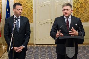 Minister zdravotníctva Tomáš Drucker a premiér Robert Fico.