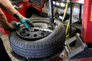 Na prezutie pneumatík nie je len jeden dátum. Prezúva sa podľa počasia.
