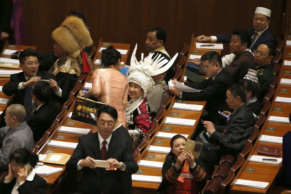 Zasadnutie čínskeho parlamentu.