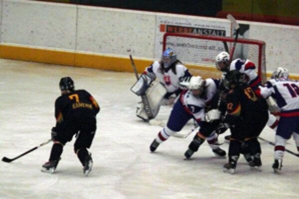 Zápas Slovenska s Nemeckom skončil víťazstvom Nemiek 1:0 po predĺžení.