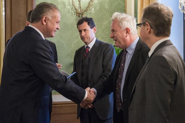 Prezident Kiska so zástupcami Benátskej komisie.
