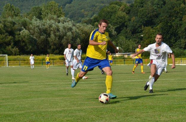 Najlepší strelec MFK Rožňava Jaroslav Figúr.