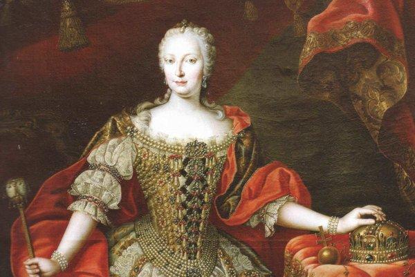 Mária Terézia vo svojom korunovačnom kostýme s uhorskými korunovačnými klenotami. Obraz visí v Primaciálnom paláci.