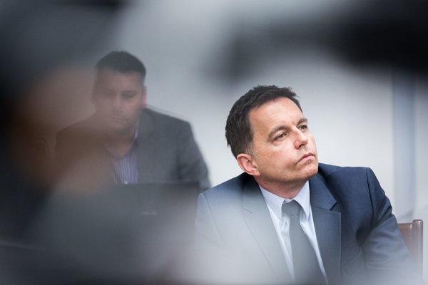 Minister financií Peter Kažimír (Smer)