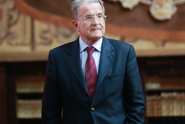 Bývalý predseda Európskej komisie a taliansky expremiér Romano Prodi.
