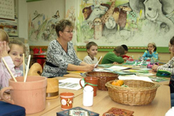 Deti sa učia hrou, všetky získané vedomosti si overia aj v praxi.
