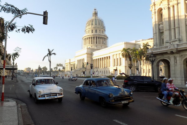 Hlavné mesto Kuby Havana, kde sa mali odohrať akustické útoky na amerických diplomatov.