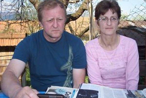 Súrodenci Vladimír a Zita Kútni z Nitrianskeho Rudna. Spája ich nielen rodinné puto.