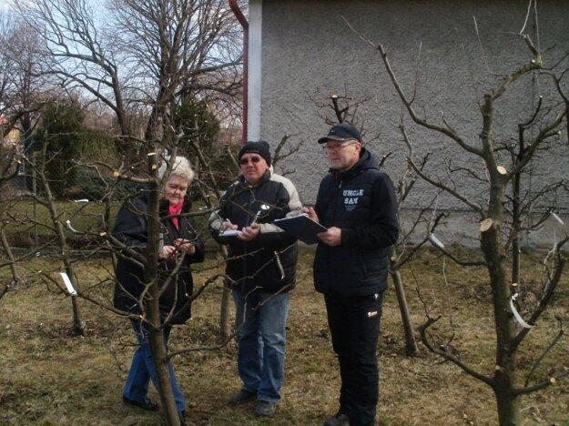 Porota hodnotila prácu záhradkárov a vyhlásila víťazov.