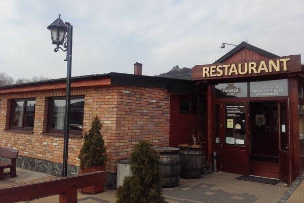 Reštaurácia Farmer Area v Kapušanoch.