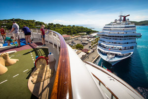 Tip na dovolenku: Okružná plavba Karibikom.