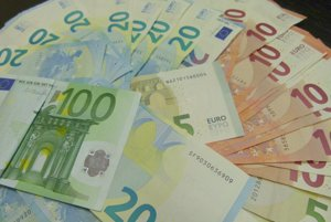 Falošný lekár obral seniorov o tisíce eur.