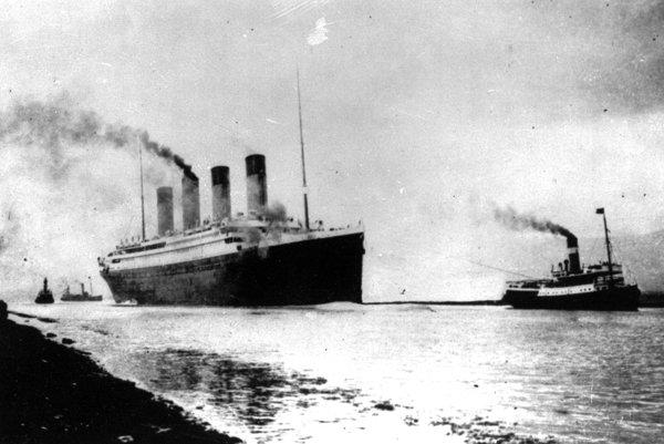 Parník Titanic spoločnosti White Star Line.